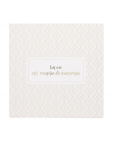 Boîte cadeau - motif géométrique blanc